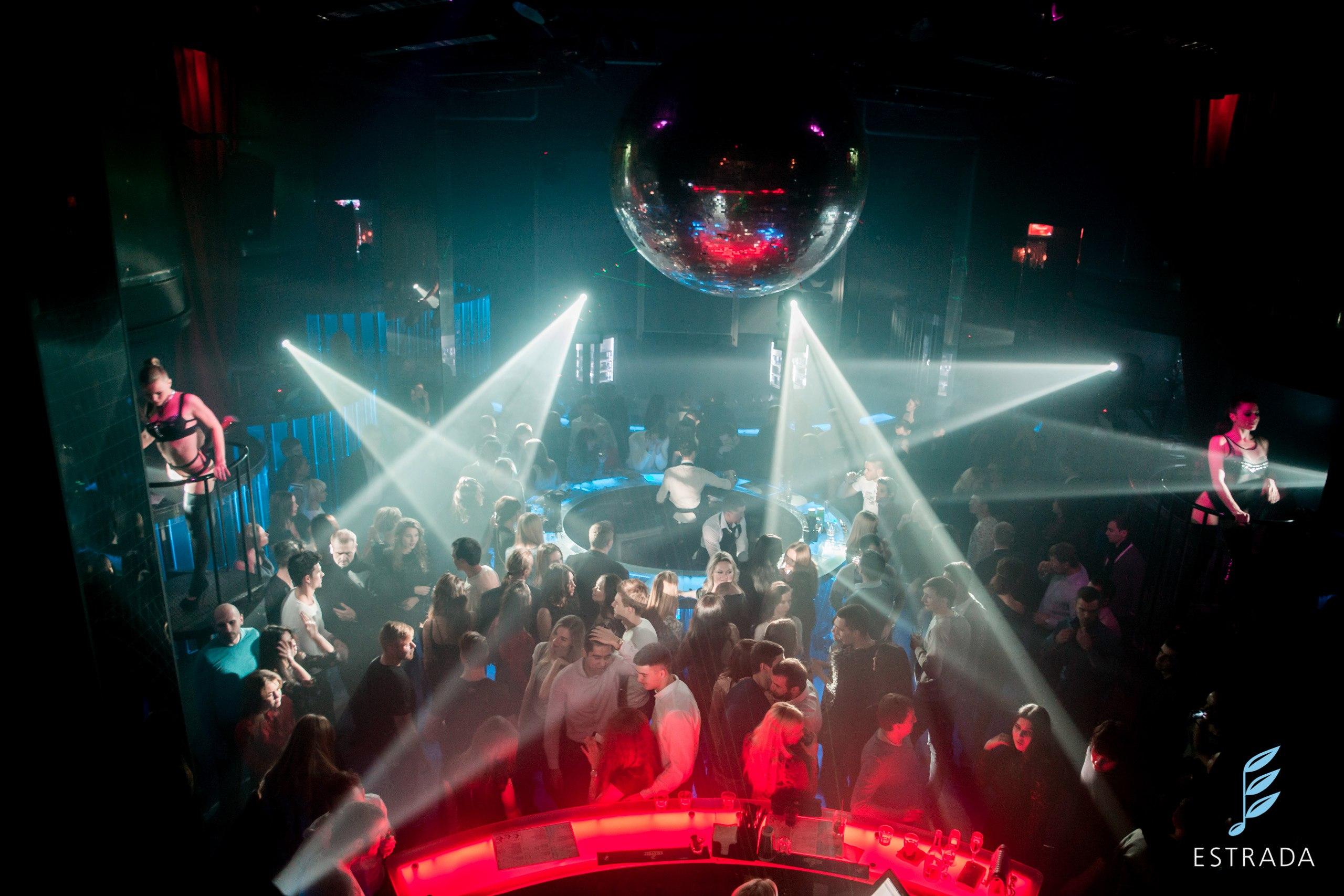 Как стать клубным фотографом — съемка в ночных клубах и фотоотчеты с вечеринок
